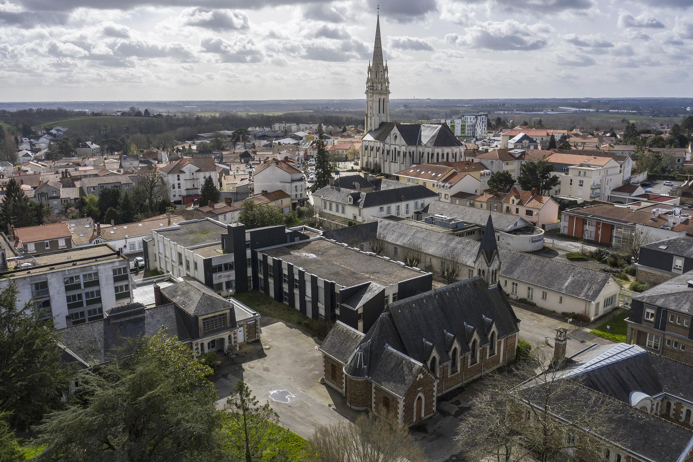 Loroux-Bottereau